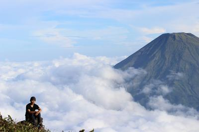 Cerpen Triangle of Nature Pendakian Gunung Sumbing